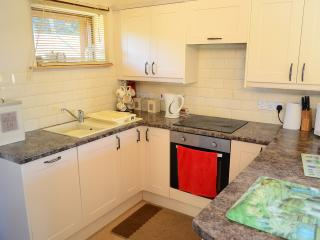 fully fitted kitchen with dish washer