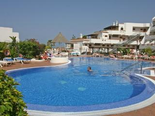 Modern 2 Bed Apartment in San Eugenio, Costa Adeje