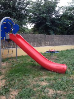 Lawned play area about 30 secs from terrace gates.