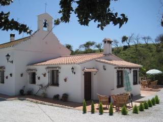 Escuela La Crujia Aloj. Rural, Velez-Malaga