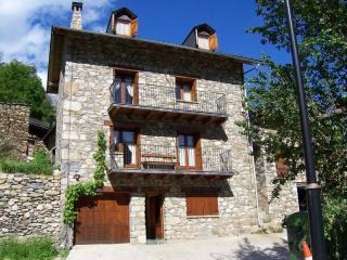 Casa Rural con encanto en el Valle de Boí., Cardet