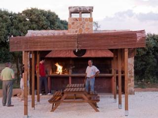 Via Verde Rural Complex-25 pax, Robledo