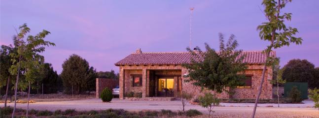 Añochecer en las casas via verde de Robledo en Albacete
