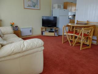 Lounge with Blu-Ray player & Freeview TV