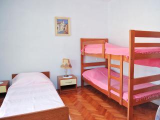 7pax Novalja apartment - Cola V3 (7 pax)