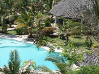 Deluxe Villa with Park, golf field nearby, Watamu
