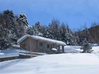 close to Vall dIncles, tranquility, panoramic views.