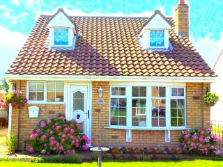Sutton on sea cottage, Pet Friendly nr Beach, WiFi