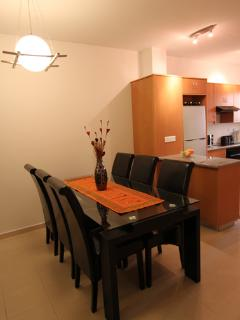 Dinning table with seating for 6 people