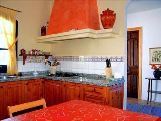 Casa Rural de 130 m2 para 7 pe, Fuenteheridos