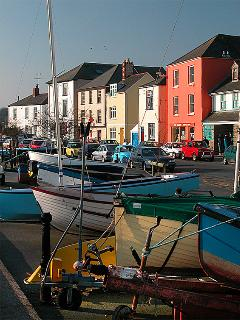 Appledore quayside 2 minutes walk from house