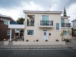 4 Bdrm Sup. Terrace Beach Villa Oroklini Larnaca