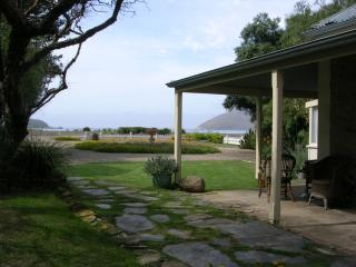 Yelki by the Sea B&B or Self-contained, Victor Harbor