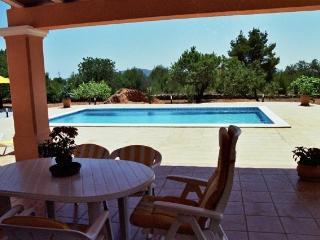 Vivienda con Piscina, Ibiza Town