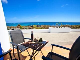 Galan sea views first line 2 bedrooms water front, Punta Mujeres