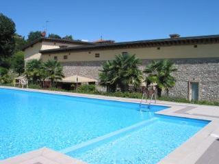 Country House 2 km  Desenzano, Padenghe sul Garda