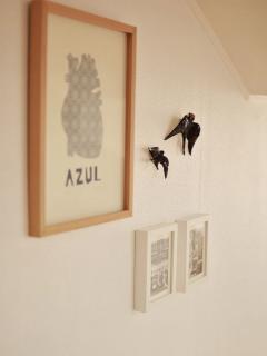 Lounge decor with original swallow from Bordalo Pinheiro
