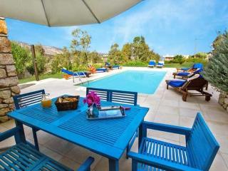 Beachfront villa Loutraki, Prefeitura de Chania