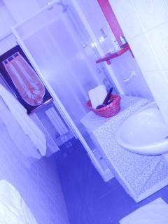 bagno, phon, prodotti igiene