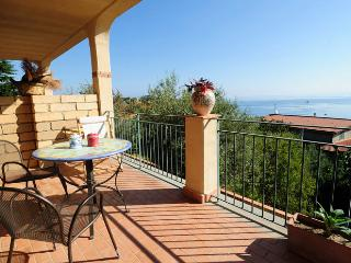 Pool,beach & relax!4 people-apartment Cappero, Patti