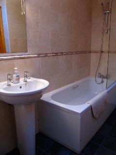 Jasmine Cottage ensuite bathroom