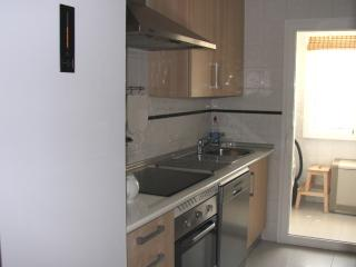 Fully Fitted Kitchen 1