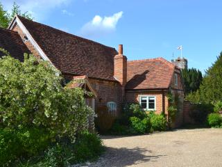 An idyllic cottage built in 1717 and full refurbished in 2013.  Now surrounded by spring blossom
