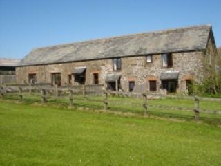 Mill. 1 of 2 lovely cottages. Upto 4 (poss 6)