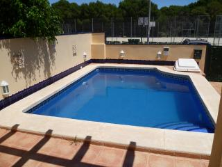 Lovely, relaxing villa with pool 700mts to sea