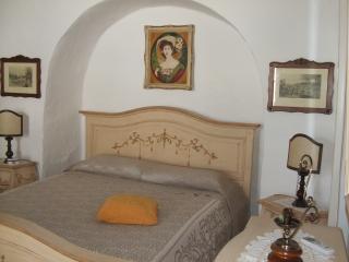 stanza matrimoniale primo trullo