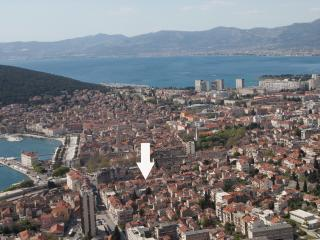 APARTMENT ANAMARI IN CENTER, Split