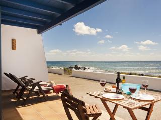 Casita Lanzarote with  sea views first line, Punta Mujeres