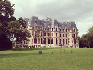 Chateau de Villette, Senlis, Ognon