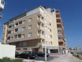 Beach Apartment two bedrooms, wifi Available, Torrevieja