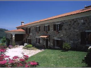 Casa San Ginés, Vila de Cruces