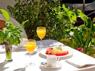 L'aperitivo in giardino