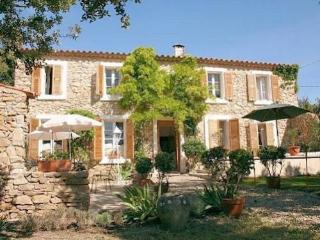 Minervois holiday accommodation South of France, Minerve