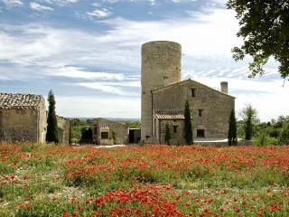 Torre de Mejanell- great location-barcelona-girona!!!! quiet but well connected!