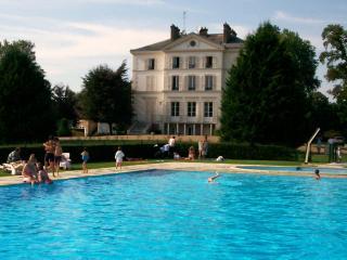 Chateau de Vaux, Pacy-sur-Eure