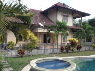 Sari Inn House