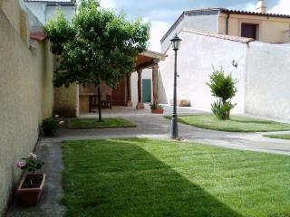 Casa Rural Carmen cerca Ciudad Rodrigo - Salamanca, Tenebrón