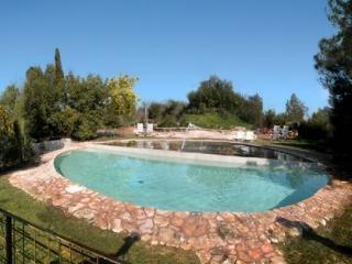 "Finca Rural, Mansion. Mas Pomeric. Parque Natural. Cerca de ""Ferrari Land"""