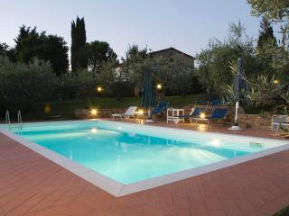 REAL CHIANTI apartm: TRULY 100% PRIVATE SWIMMING-POOL ONLY FOR YOU! Free WIFI!!!