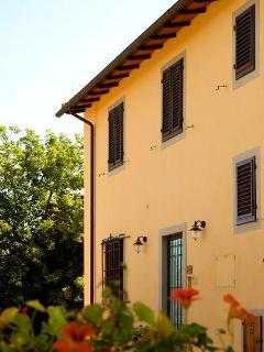 The Villa facade, where LINDA apartment is placed
