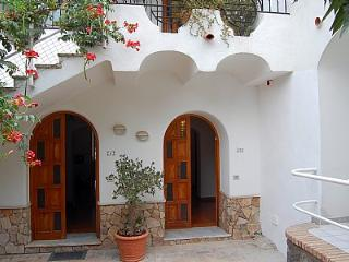 2 bedroom Villa with Air Con - 5228590
