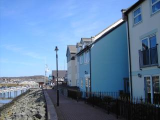 Ty Glas - Blue House, Waterfront Conwy Marina