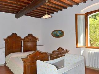 4 bedroom Villa in Serravalle Pistoiese, Tuscany, Italy : ref 5228920