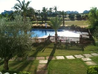 2 bed apartment with shared pool. La Torre Golf Resort