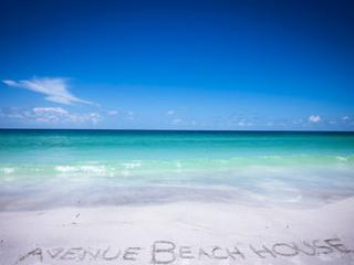avenue Beach house on GORGEOUS Anna Maria Island