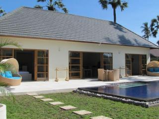 Villa Santai 2 bedroom villa with private pool Brand new construction, Kubu